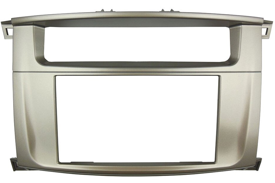 Toyota Landcruiser J10 Radio Facia Double Din