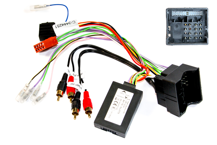 Audi Quadlock SWC interface fully amplified phono