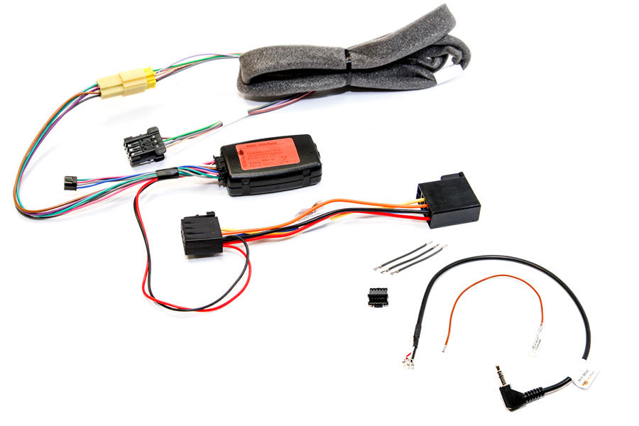 Renault SWC interface with OEM loom extension