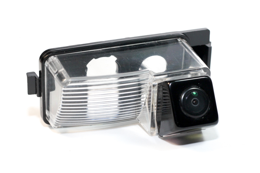 Nissan reverse view camera